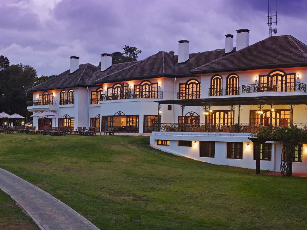 Day 9 - Mount Kenya - Fairmont Kenya Safari Club